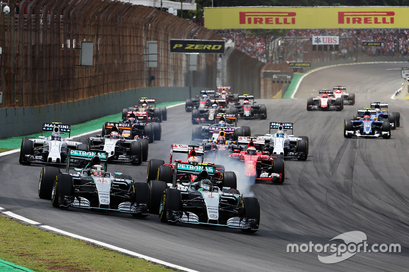 f1-brazilian-gp-2015-start-nico-rosberg-mercedes-amg-f1-and-lewis-hamilton-mercedes-amg-f1.jpg