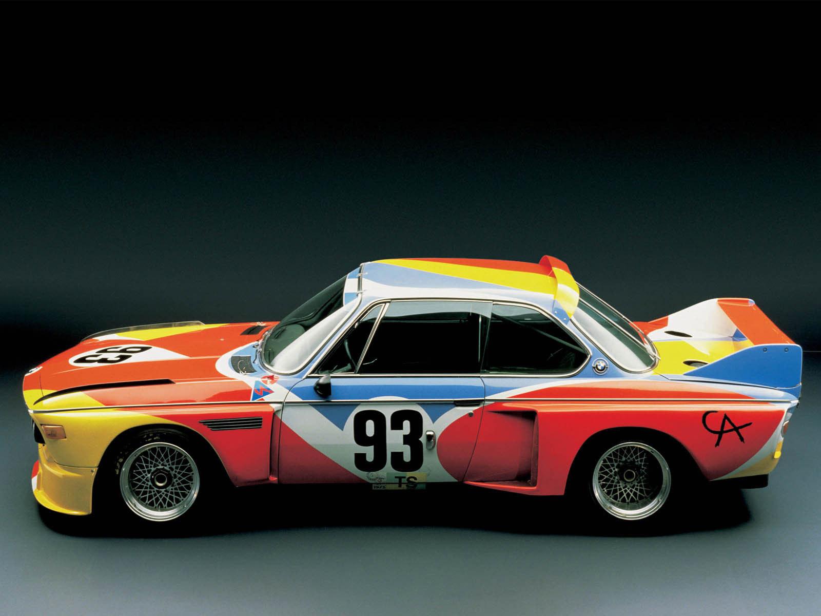 1975-ben kezdődött el az Art Car Projekt, ahol a híres művészek festővászonként használhatták az autókat. Az első ilyen autó egy 3.0 CSL volt, Alexander Calder festette.