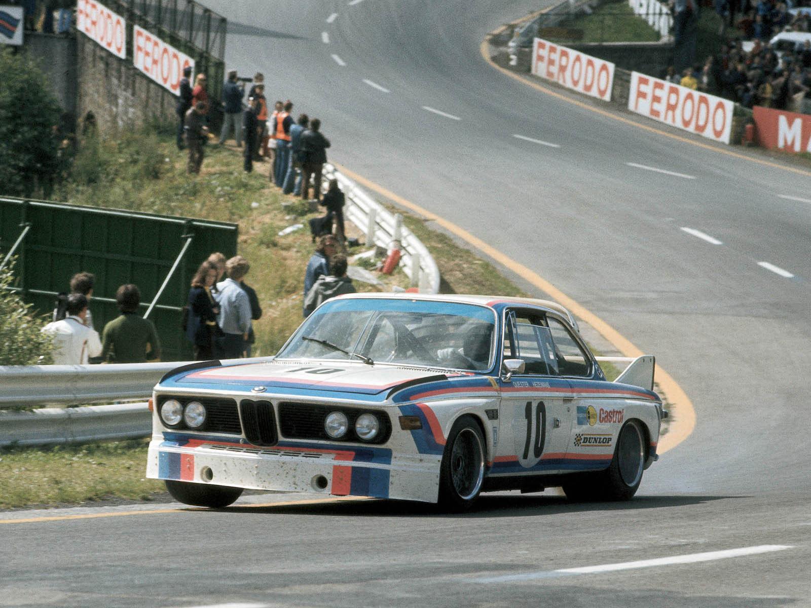 Szalagkorlát, kéziváltó, Ferodo-molinó: a 3.0 CSL volt a Motorsport program sztárja az M3 előtt.