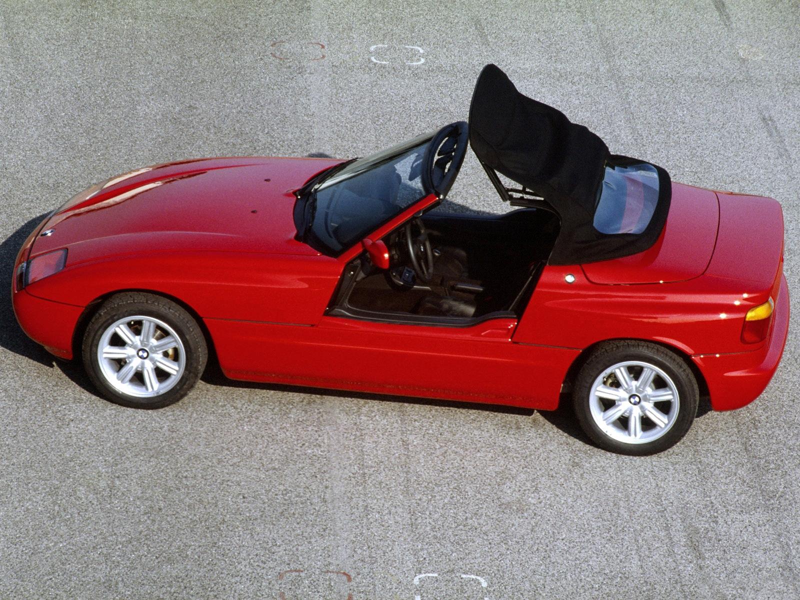 Hosszú idő után '88-ban jött a következő roadster, a Z1.