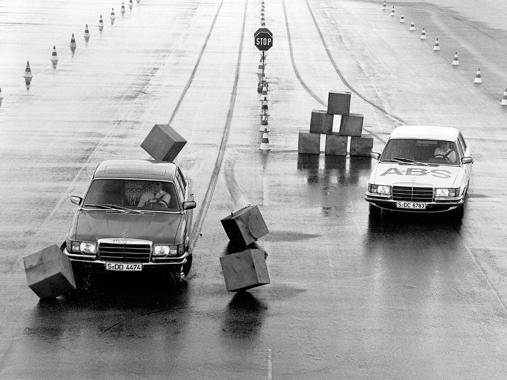 mercedes_s-klasse-w116-1972-80_r5_jpg.jpg