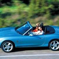 Ha unod az átlagost: 5 jó roadster 2 millióig!