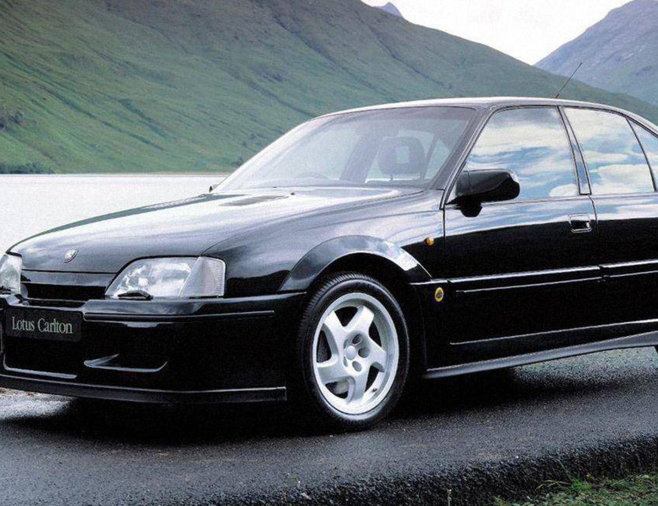 Ismeretlen erős autók, amelyek átlagos modellekből készültek