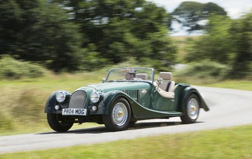 Régi-új autók: modellek, amik több évtizede készülnek