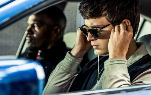 Ne indulj útra nélkülük: 10 kiváló autós zene!