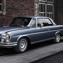 Öreg autók modern szívvel