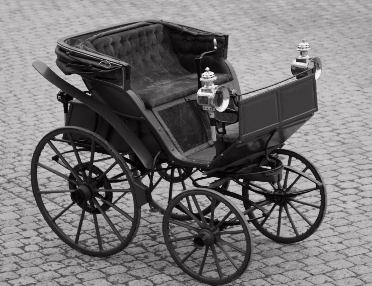 A parkolótól az első elektromos autóig
