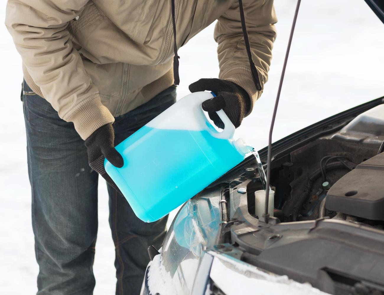 Tél és az autónk: 5 folyadék és amit érdemes tudni róluk!