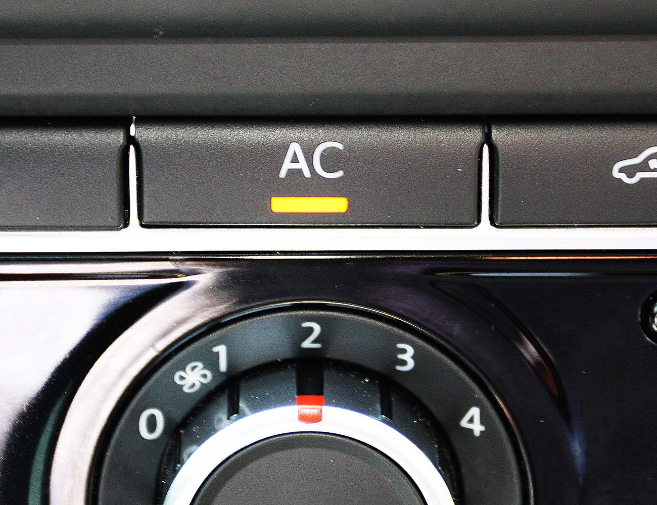 Ne legyen gond a nyáron: így használd az autóba épített klímát!