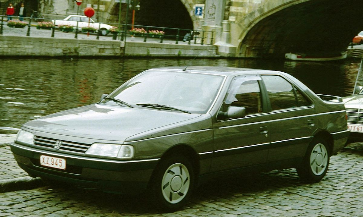 1200px-peugeot_405_with_canal_in_belgium.jpg