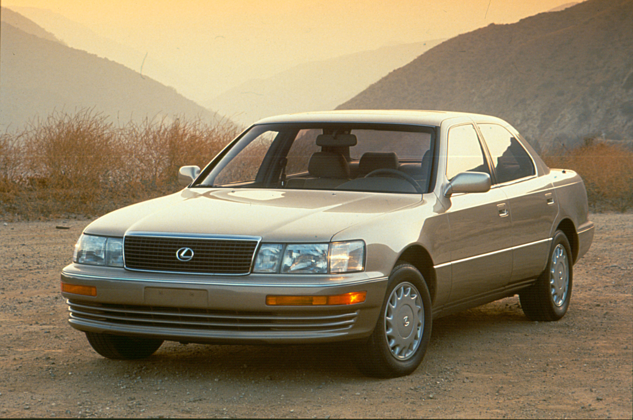 1990-lexus-ls-400-front-three-quarter.jpg