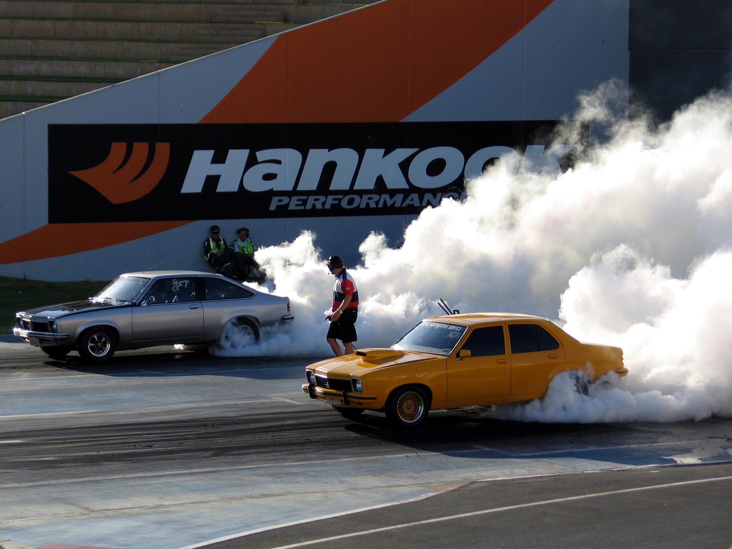224055-drag-race.jpg