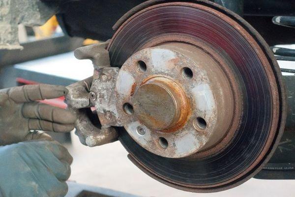 brake-overheat-1f51.jpeg