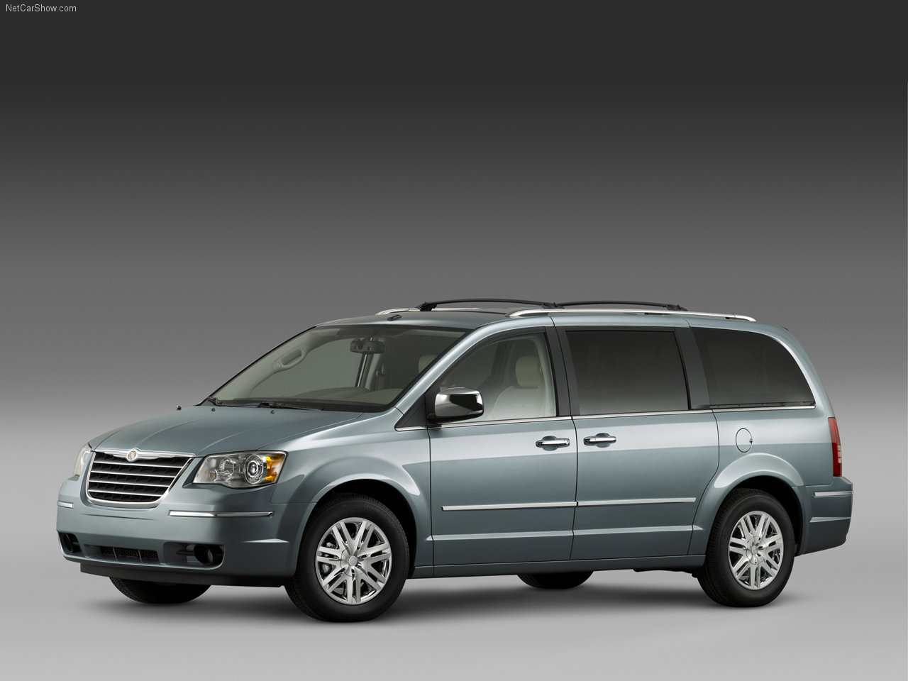 chrysler-town_and_country-2008-1280-01.jpg