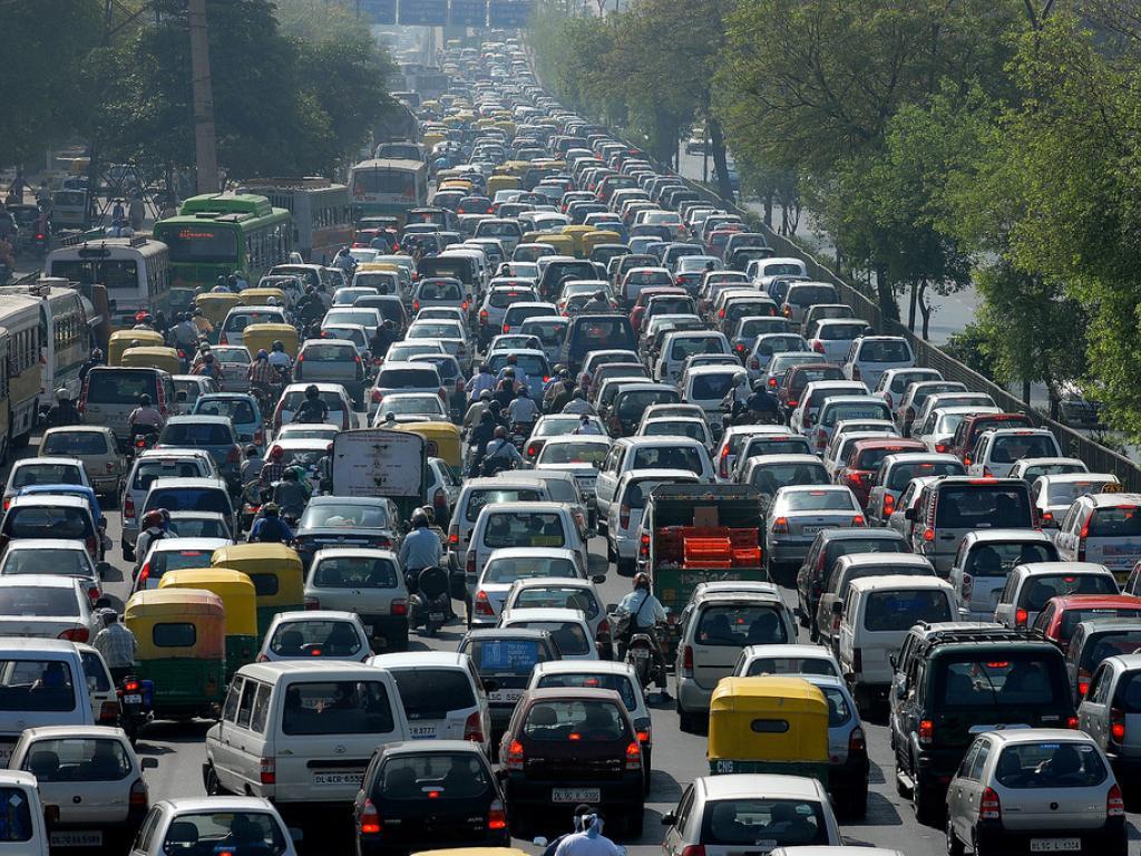 giant_traffic_jam.jpg