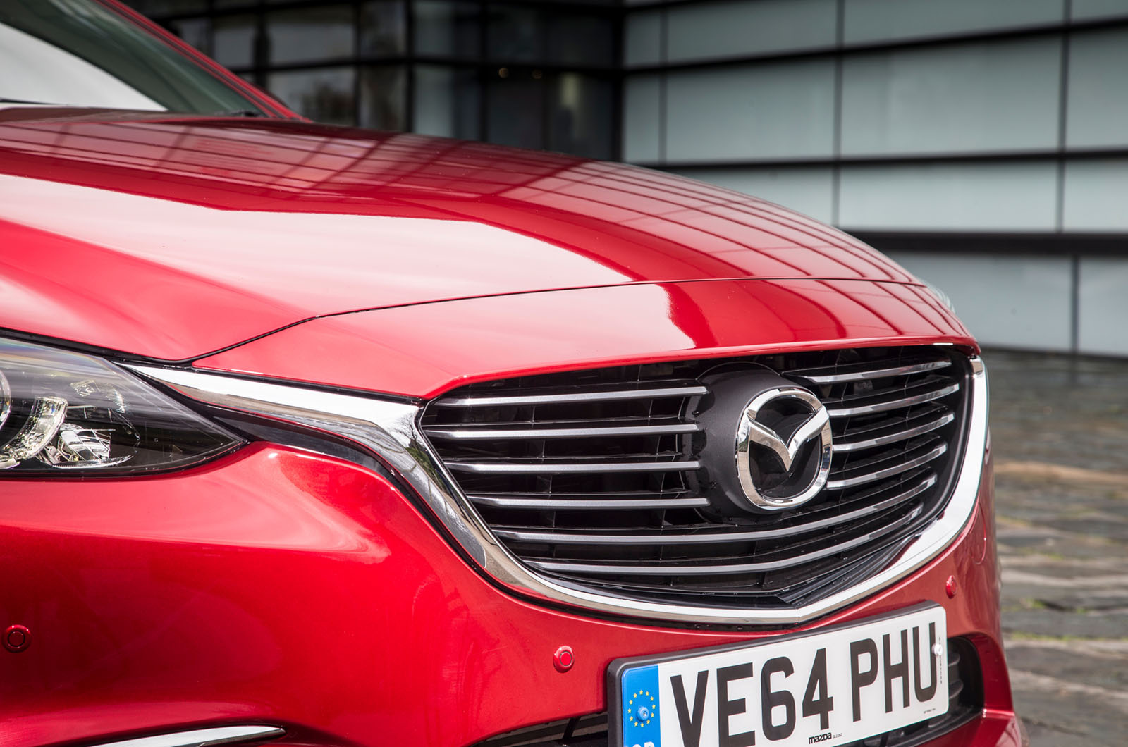 mazda6-my2015-front-grille.jpg