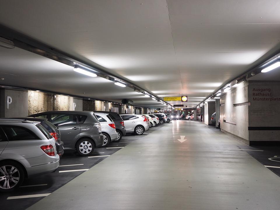 multi-storey-car-park-generic-pixabay.jpg
