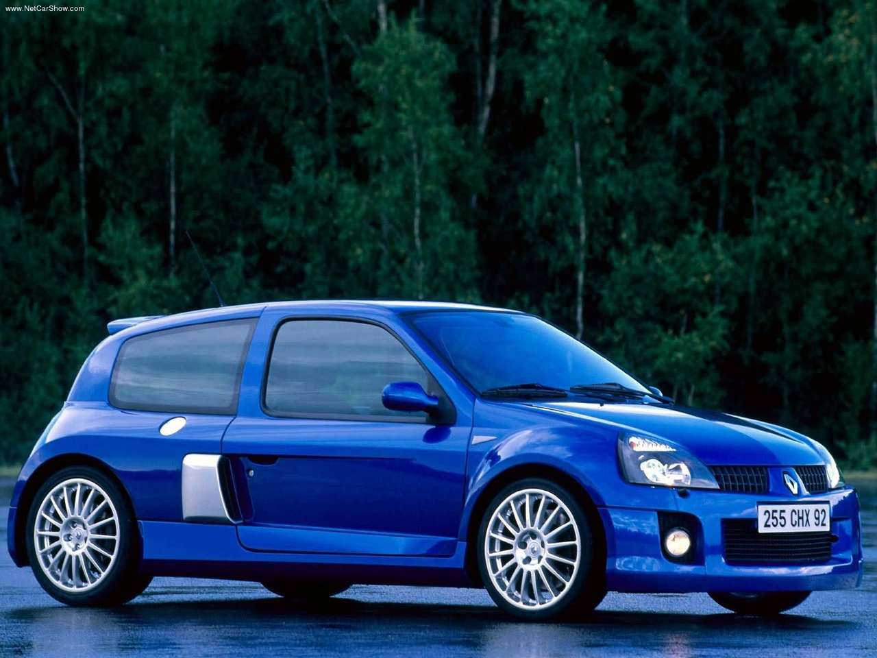 renault-clio_v6_renault_sport-2003-1280-07.jpg