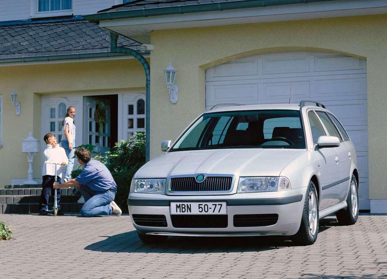 skoda-octavia_combi-2001-1280-02.jpg