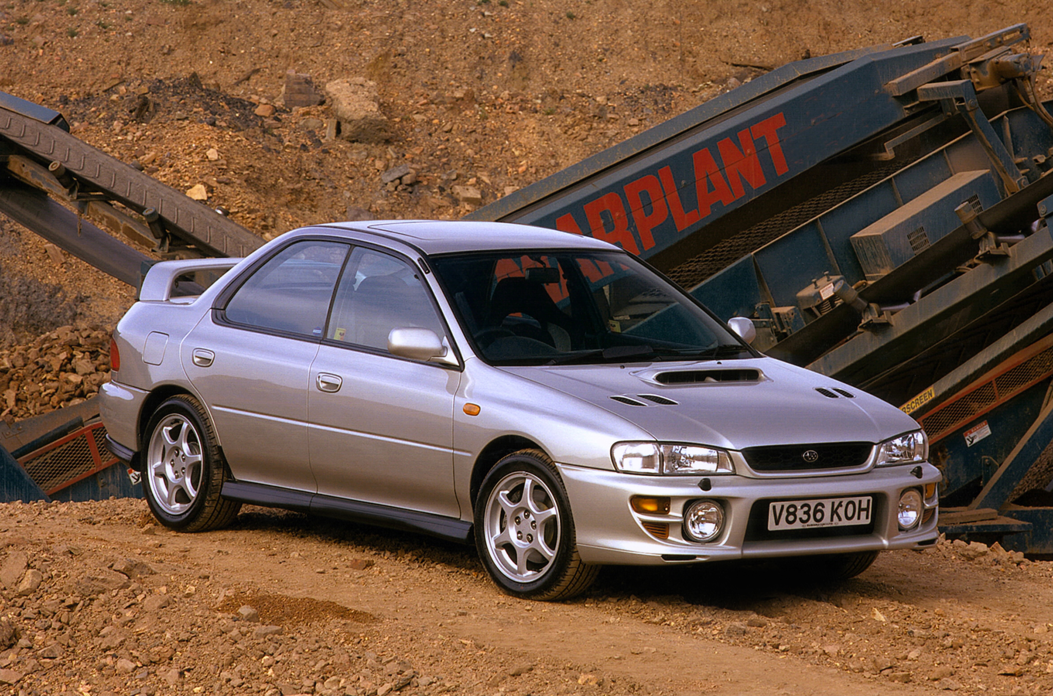 subaru_impreza_turbo_2000_awd_saloon_1.jpeg