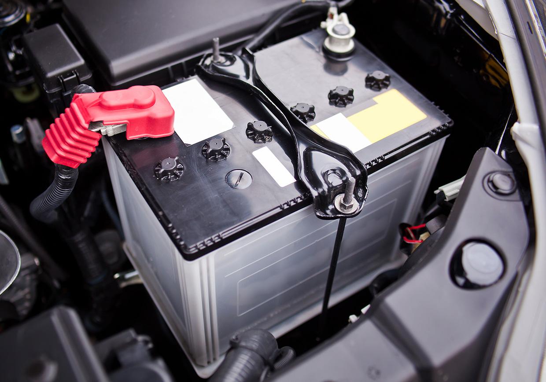 Mercedes akkumulátor lemerül