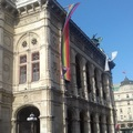 Tíz kép - operaházak és a pride