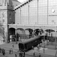 A vonatról leráncigált tenoristától a terézvárosi tűzig és a – Bánk bán előadásig