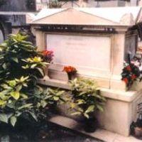 Egy kurtizán, akinek a sírján mindig van friss virág