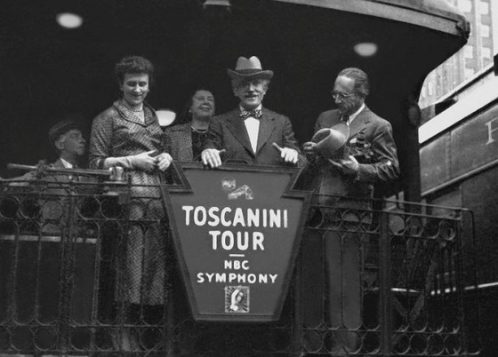 04_toscanini_credit_nbc_universal_photo_bank_via_getty_images.jpg