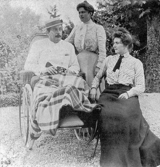 06_puccini_s_recovery_april_1903_with_his_wife_elvira_and_step-daughter_fosca.jpg
