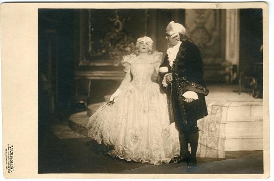 07. Sándor Erzsi_Traviata.jpg