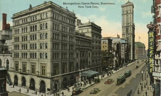1920_metropolitan_opera_house.jpg
