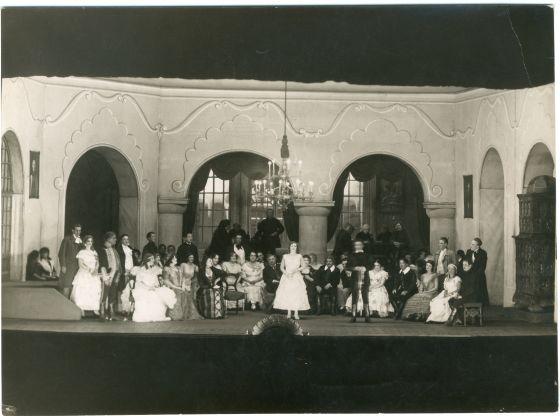 Farsangi lakodalom_1924_001.jpg