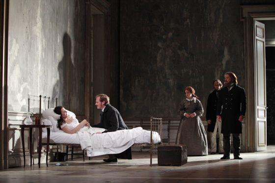 Traviata_ABC_03.jpg