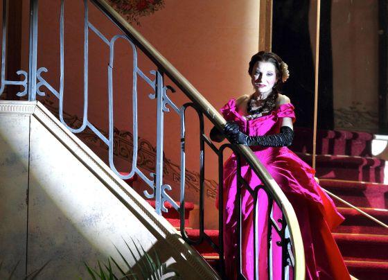 Traviata_Genova5a.jpg