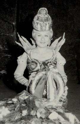 Varázsfuvola_Ágai Karola_Éj királynője_25 jubileum_1983_1.JPG
