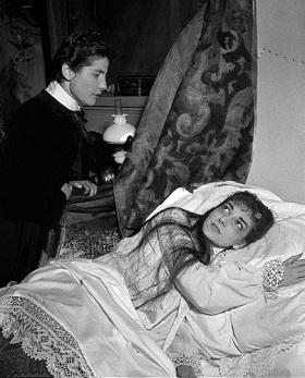 luisa-mandelli-with-maria-callas-in-la-traviata-1955-403x500.jpg