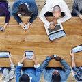 Az okostelefonos bankolásé és a digitális irodáé a jövő