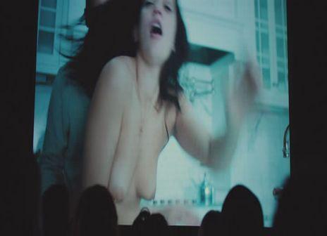 Natalie_Martinez-Broken_City.jpg