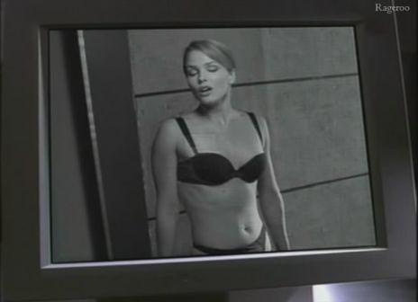 Dina_Meyer-Secret_Agent_Man-S1E03.jpg