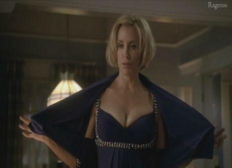 Felicity_Huffman-Desperate_Housewives_S6E04-3.jpg