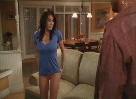 Teri_Hatcher-Desperate_Housewives_S6E12-1.jpg