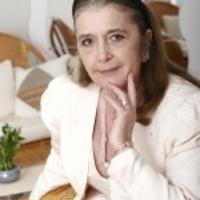 C. Molnár Emma a deviáns fiatalokról és a társadalom szerepéről