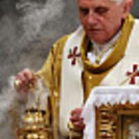 A papi pedofíliáról és következményeiről