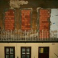 Another brick in the wall - falazzunk, hogy nyissanak!
