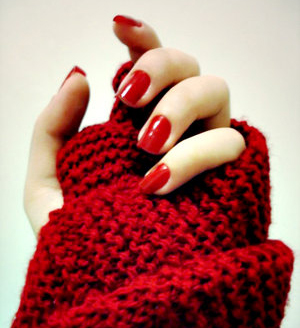 red nails.jpg