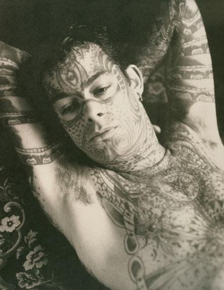 fel_tetovaltffinyugalomban.jpg