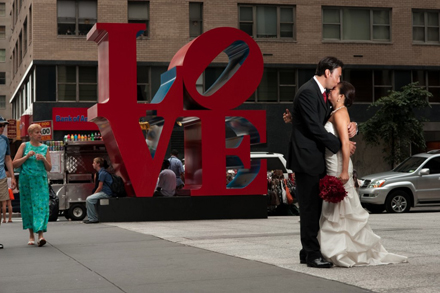love-sculpture-nyc-wedding-portraits5-1024x681.jpg