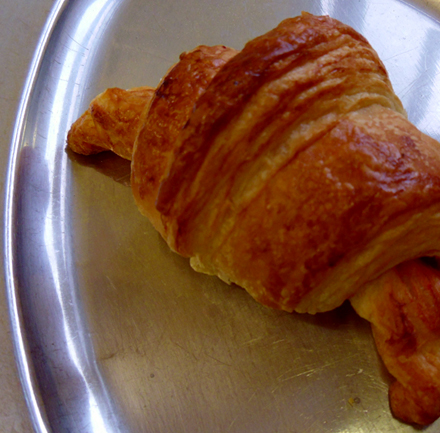 raspberry croissant.jpg