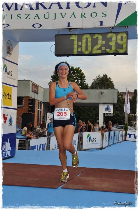Maraton_Tiszaujvaros_befuto.jpg